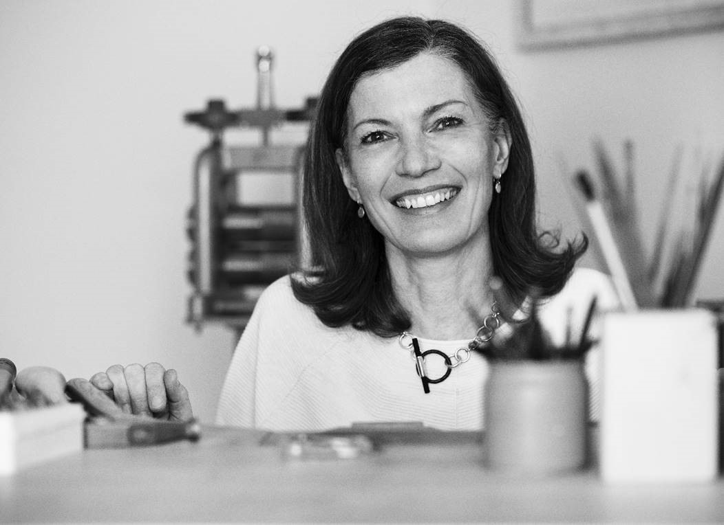 Andrea Stork am Werktisch
